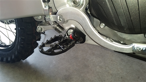 Foot Peg Lowering kit, Honda 250-450 yr 00-2020   LOOK further to CLICK on Application for kickstand use